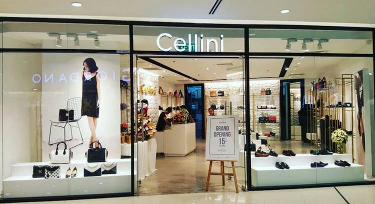 Kính cường lực cửa hàng thời trang