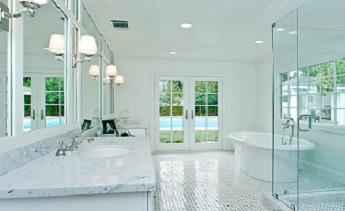Phòng tắm kính cường lực, tại sao không?