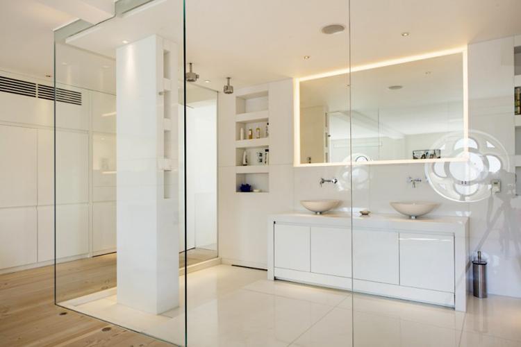 Chọn vách kính cường lực phòng tắm sao cho phù hợp?