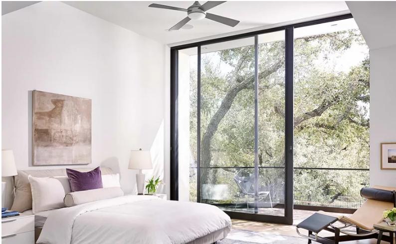 Chọn vách ngăn gỗ hay kính cho nhà bạn?