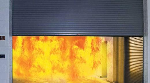 Cửa Chống Cháy Bằng Thép Bảo Vệ An Toàn Cho Người Lao Động