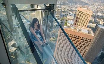 TOP 10 công trình vĩ đại bằng kính cường lực thu hút khách du lịch